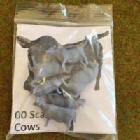 OO scale cows